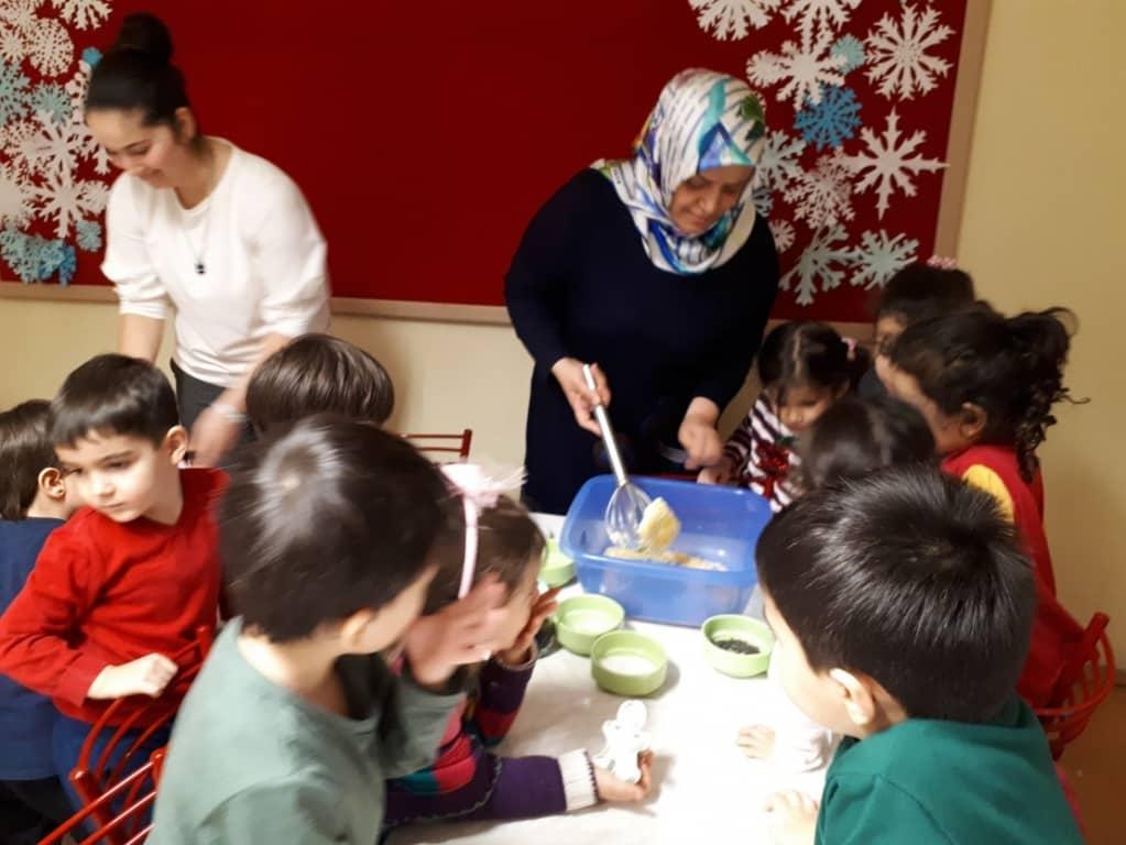 Annemle El Ele Uygulama Anaokulu Projesi Ataturk Mesleki Ve